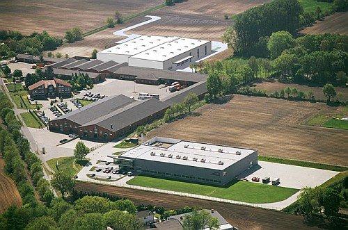 Ausbau der Produktionsfläche und neue Montagelinie. fm Büromöbel ...