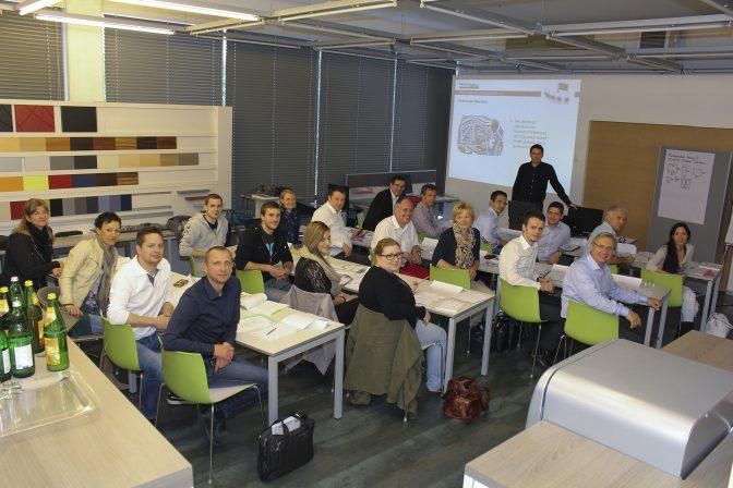 """Mensch&Büro-Akademie. Inhouse-Seminar """"Gepr. ArbeitsplatzExperte ..."""