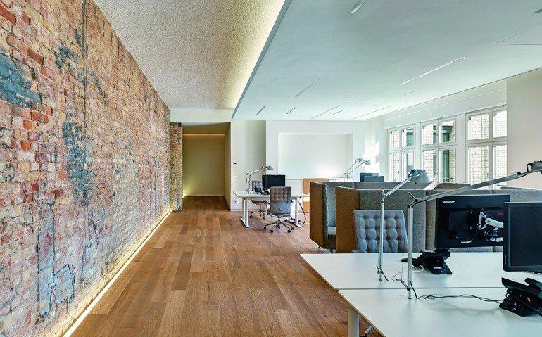 innenarchitekten schaffen arbeitsumgebungen f r ein. Black Bedroom Furniture Sets. Home Design Ideas