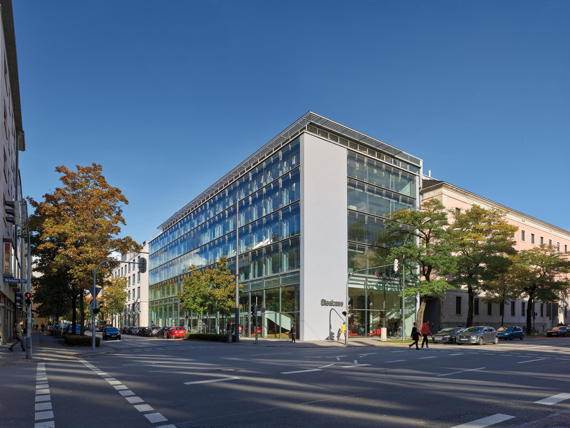 Steelcase AG - Responses - Mensch & Büro