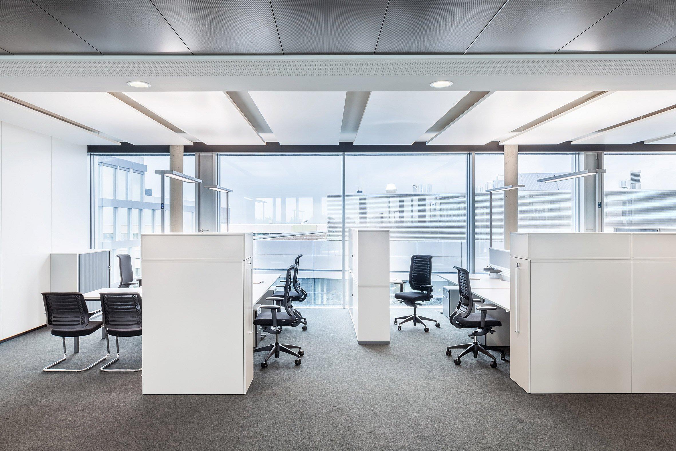 Waldmann beleuchtet technologiezentrum mit lavigo stehleuchten parisarafo Choice Image