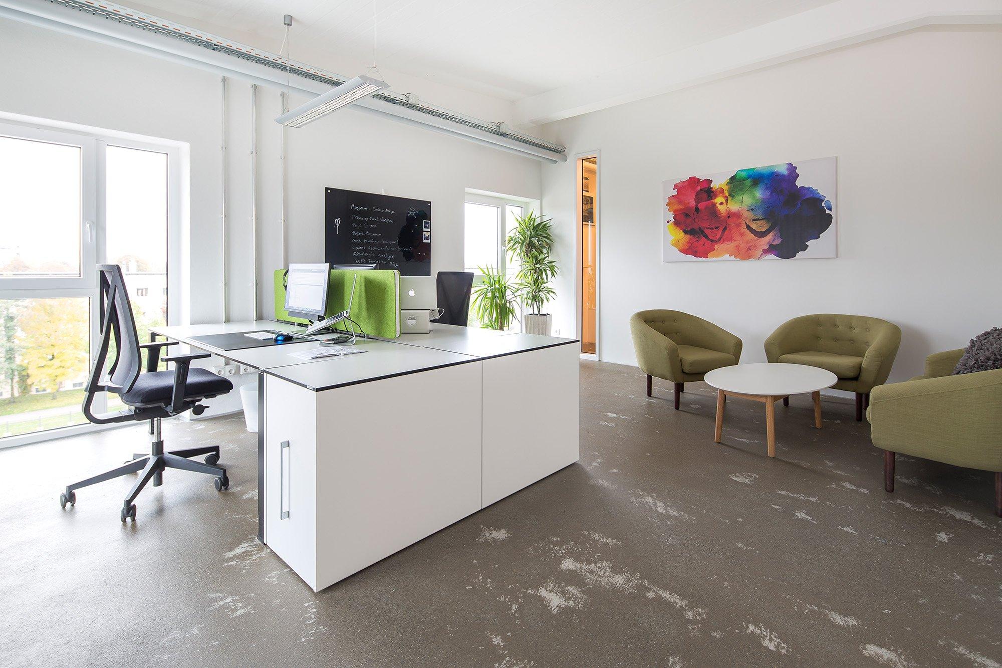 Vario BüroEinrichtungen | Herstellerinformation. Little Lunch, Augsburg