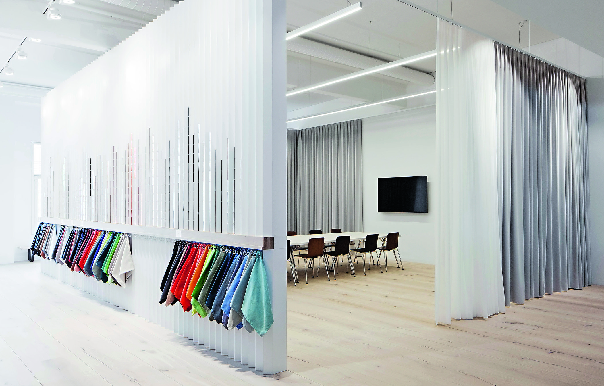 projekt vitra workspace von cr ation baumann. Black Bedroom Furniture Sets. Home Design Ideas